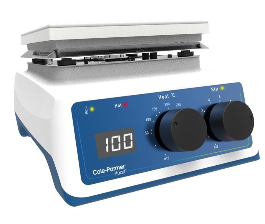 UC152D - hotplate stirrer with digital controls.